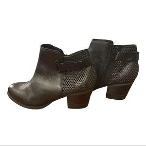 Aldo Black Bootie Style- Spazzo 97 Size 7.5
